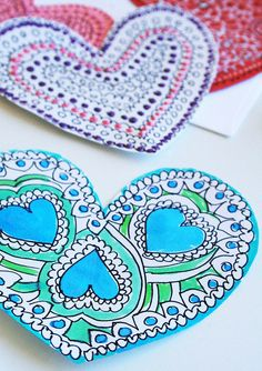 Valentine heart doodle cards by Alisa Burke Valentine Crafts For Kids, Valentine Day Crafts, Be My Valentine, Holiday Crafts, Valentine Ideas, Valentine Doodle, Valentine Hearts, Heart Doodle, Doodle Art