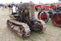 1932 HSCS crawler
