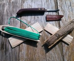 Primitive Net Making From Carving Your Needle to Weaving Your Net – tasnádi zoltán – bushcraft camping Net Making, Making Tools, Lace Making, Survival Prepping, Survival Skills, Survival Stuff, Emergency Preparedness, Survival Gear, Bushcraft Skills
