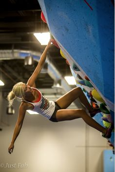 Sierra Blair-Coyle  Thursday Throwdown at Focus Climbing Center  Photo Courtesy of Just Fab Photography @Roxy #ROXYOutdoorFitness