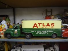 A LARGE BUDDY L ATLAS VAN LINES MOVING TRUCK VINTAGE 1940s toy truck $700!