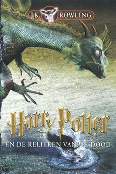 pin 1  Ik heb dit boek gekozen omdat ik al eens een ander deel van de Harry Potter serie heb gelezen die ik heel leuk vond. Ook vind ik het leuk om een dikker boek voor deze opdracht te kiezen.
