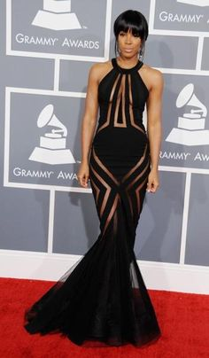 Sexiest women alive !!! Kelly Rowland can't forget this gorgee Georges Chakra. she wore on the grammy's Redcarpet