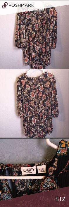 High low floral tunic top Very beautiful high low floral tunic too about 33 inches long armpit 20 inches Cato Tops Blouses