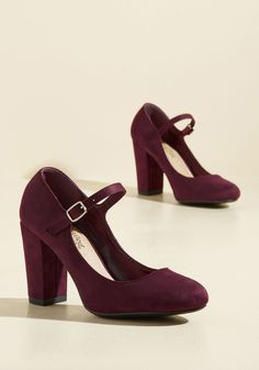Dynamic Dinner Date Heel. Slinging your bag over your shoulder, you pop from your workplace to your favorite watering hole in these burgundy pumps. #red #modcloth