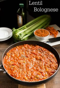 This Lentil Bolognese recipe is perfect for a healthy Meatless Monday dinner. #vegetarian #vegan #glutenfree