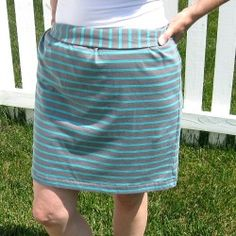 Skirt from a $1 T-shirt | Looksi Square