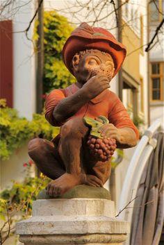 Brunnenfigur auf dem Basler Andreasplatz