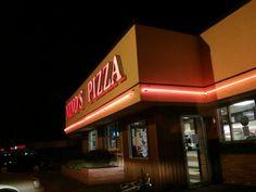 Nino's Pizzeria, West Seneca, NY - pizza & fried dough