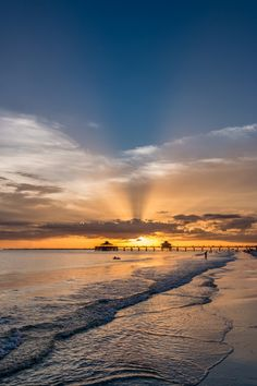 Photograph Sunset on Fort Myers Beach by Dereje Belachew on 500px