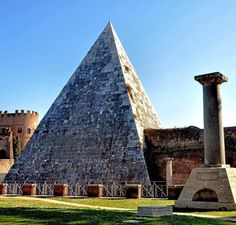 Pyramid of Cestius view from the Protestant Cemetery in Rome | Top Ten Free Things to Do in Rome, Italy