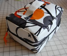 Lunch bag made using a car shade as the interfacing- for insulation and shape. by ReannaLily Designs