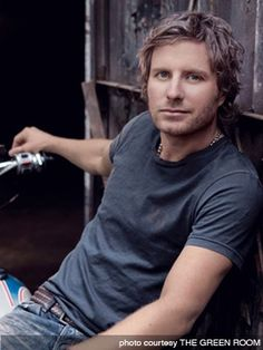 Favorite country artist of all time, Dierks Bentley