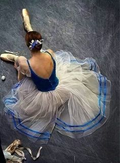 beauty of the arts // ballet // pointe shoes