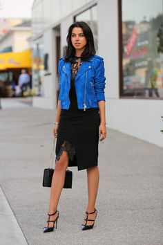 25 Cool Ways to Work the Season's Suede Trend 25 Outfits That Prove You Need to Incorporate Suede In Blue Leather Jacket Outfit, Blue Suede Jacket, Fashion Blogger Style, Look Fashion, Autumn Fashion, Womens Fashion, Fashion Bloggers, Fashion Tag, Skirt Fashion