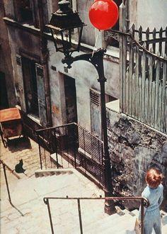 Pascal Lamorisse in fantasy short film The Red Balloon (1956, dir. Albert Lamorisse)