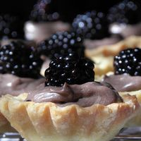 Gesztenyés-habos kocka - Kata konyhája Cheesecake, Pie, Avatar, Food, Torte, Cake, Cheesecakes, Fruit Cakes, Essen