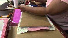 Nos artesanatos,Monica Quirino ensina a fazer Capa para agenda Apresentação: Tatiane Camargo Confira todo o passo a passo:https://www.rs21.com.br/?p=86092