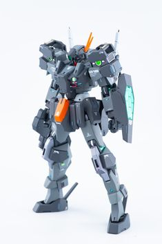 """らいなーマン@サバーニャ完成🎶 on Twitter: """"ケルディム白背景です! 各所にセンサーをイメージしたディテールを追加し、クリアパーツの内側にもミラーシートを貼ることで光を反射しやすくしています。… """" Gundam Exia, Gundam 00, Gundam Custom Build, Lego Mecha, Gundam Model, Mobile Suit, Geek Stuff, Movies, Robots"""