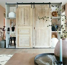 Decor, Living Room Inspiration, Home, Room Inspiration, Furniture, Cozy House, Barn Door, Home Remodeling, Interior