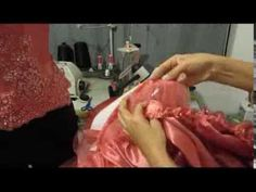 Vestido de XV años, paso a paso, parte 1. - YouTube Full Gown, Learn To Sew, Sewing Tutorials, Diy Tutorial, Kids Outfits, Youtube, Clothes, Stitches, Patterns