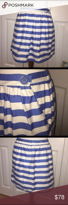 """EUC Sz S Lilly Pulitzer striped mini skirt Super cute striped mini skirt (lined!!) with 2 generous front pockets. Secures with inner and outer buttons (as shown in pics). Excellent condition. Size small. 15"""" waist to hem. Lilly Pulitzer Skirts Mini"""