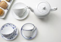 Vorsatz für 2018: mehr Tee trinken und Pausen einlegen. Zum Beispiel mit den wundervollen Royal Copenhagen Teetassen oder Teekannen.