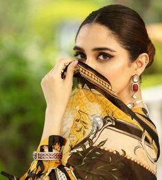 Beautiful Suit, Beautiful Women, Maya Ali, Pull Off, Pakistani Actress, Celebs, Celebrities, Cute Photos, Casual Looks
