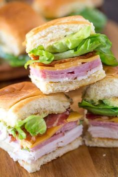These Ultimate Club Sandwiches for a crowd come together quickly and everyone lo., These Ultimate Club Sandwiches for a crowd come together quickly and everyone loves them, especially with avocado and bacon! Bet they won't last long. Mini Sandwiches, Appetizer Sandwiches, Healthy Sandwiches, Tailgate Sandwiches, Sandwiches For Parties, Bridal Shower Sandwiches, Easy Finger Sandwiches, Sandwiches For Dinner, Christmas Sandwiches