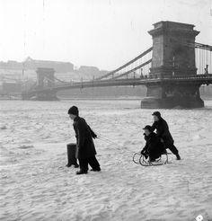 Budapest, Tower Bridge, Vintage Photos, Arch, Louvre, History, Retro, Building, Photography