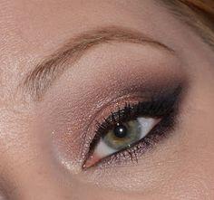 Meowmisu Makeup: Naked 3 Palette LOTD- Cat Eye