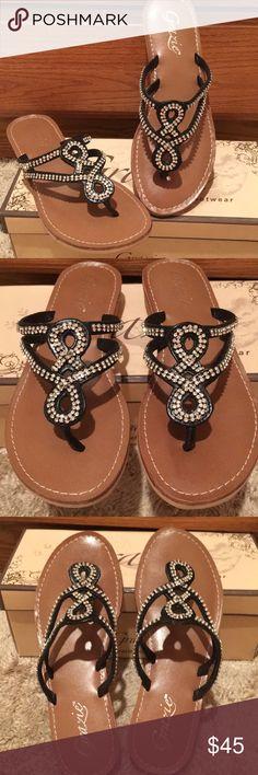 f25c3fd71615ee NIB GRAZIE PRINCESS SANDAL THONG BLING FLATS 6 New in box GRAZIE Footwear  princess black flat