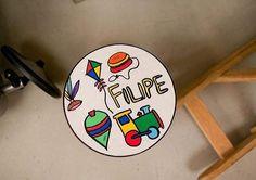 Banquetinha especial para a festa de brinquedos antigos do Filipe. ateliejuamora@gmail.com produção festa de Brincar