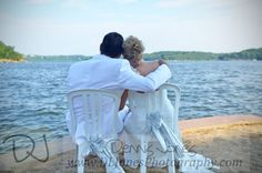 Great idea for pictures! ~ Venue: Tan-Tar-A Resort #wedding #beachwedding #bride #groom #TanTarA #LakeoftheOzarks