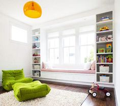 bookcases make bench look like built-in