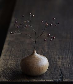 Teak Dry Flower Vase | Analogue Life