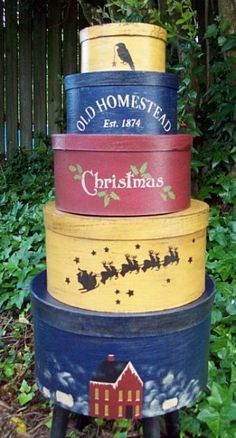 Old Homestead Christmas Shaker Set