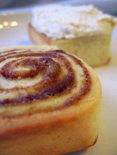 Bread Machine Cinnabons W/Vanilla Bean Frosting