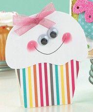 Happy Cupcake Card- Fingerprint cheeks-Cute, Easy-NOV 14 b/day cards Birthday Bulletin Boards, Birthday Board, Birthday Wall, Cupcake Birthday, Happy Birthday, Birthday Month, Kids Birthday Cards, Birthday Ideas, Card Birthday