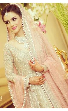I always prefer elegance over extravagance  :))