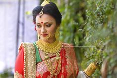 Check out beautiful pictures of Indian Film Actress Kavya Thapar wearing Lustrous Red elegant and ornate half saree Bengali Bride, Hindu Bride, Bengali Wedding, Indian Bridal, Wedding Bride, Dream Wedding, Indian Look, Indian Style, Indian Art
