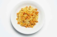 How To Make Spaghetti With Chickpeas In Lemon Tahini Sauce