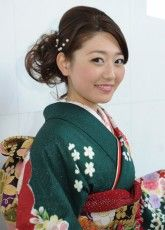 ふりそで,振り袖,2014京都22 ふりそで美女スタイル〜振袖BeautyStyle〜 成人式会場で見つけたふりそで美女の写真ギャラリーです。振袖をレンタルする際や髪型や着付けなどで困ったらまずはチェック! http://www.furisode.gr.jp/