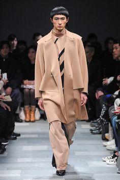 Ethosens Tokyo Fall 2017 Fashion Show Collection
