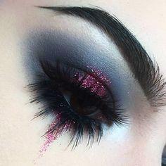 No photo description available. - Make-up - No photo description available. - Make-up - Eye Makeup Art, Goth Makeup, Eyeshadow Makeup, Gothic Eye Makeup, Foil Eyeshadow, Makeup Brushes, Prom Makeup, Makeup Remover, Wedding Makeup
