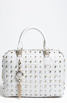 Cheap Michael Kors Handbags Search for MK Discount Handbags Look Up Quick Results Now! Cheap Michael Kors, Handbags Michael Kors, Purses And Handbags, Michael Kors Bag, Mk Handbags, Luxury Handbags, Sac Week End, Kathy Van Zeeland, Flats
