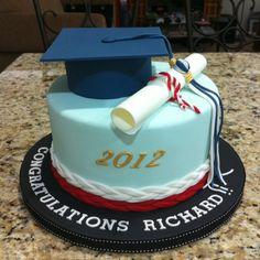 Graduation Cake College Graduation Cakes, Graduation Cupcakes, Graduation Decorations, Outdoor Graduation Parties, Graduation Party Planning, Graduation Celebration, Bithday Cake, My Birthday Cake, Fondant Cakes