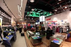 Replay's store by David Torres, Bogotá - Colombia. Visit City Lighting Products! https://www.linkedin.com/company/city-lighting-products