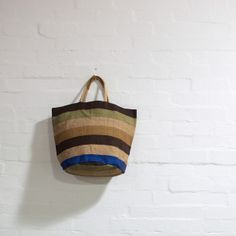 These gorgeous Fair Trade bags are large enough to carry everything you need for the beach or the pool, and come fully lined with an inner pocket for your change and mobile phone. Choose between the natural jute handles and the elegant, soft leather handles. These beautiful bags also make a great carry-on for your next beach holiday! $55