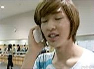 Onew ordering chicken....
